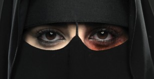Saudi Woman Enslaved in Pakistan for Quarter-Century